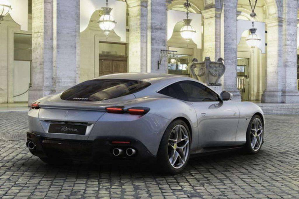 """Ferrari Roma, un coupè da 620 CV per la """"dolce vita"""""""