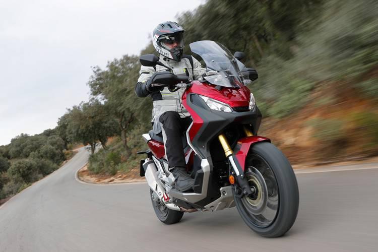 I migliori 5 scooter sportivi: Honda X-ADV