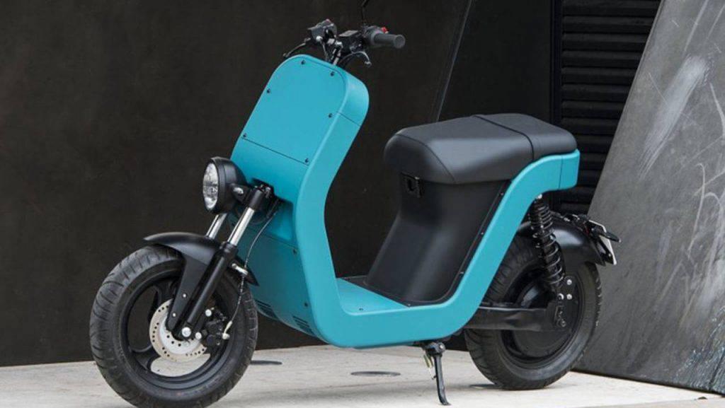 Scooter elettrici: parte la sfida tra Honda e Yamaha