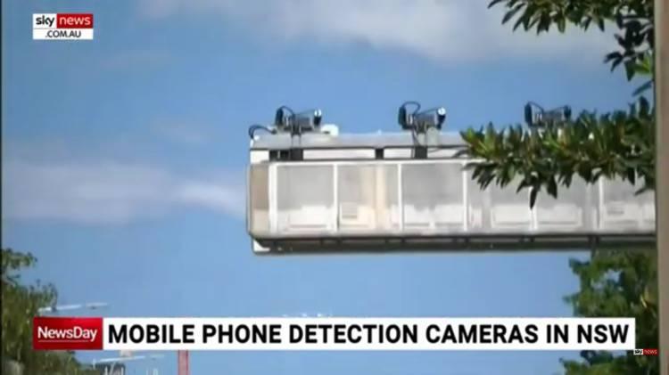 Telecamere per scovare l'utilizzo del telefono in macchina