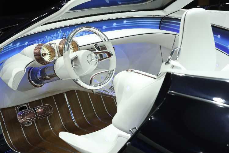Interni Mercedes senza pelle animale