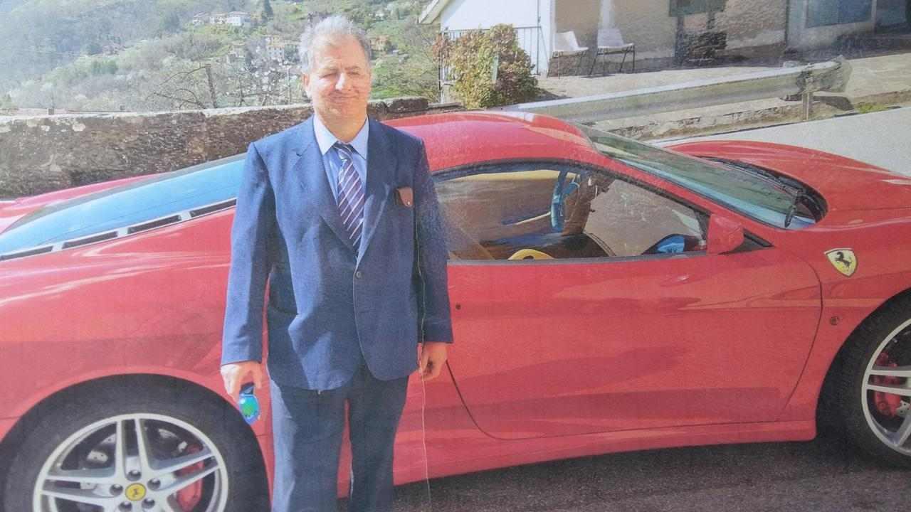 Compra la Ferrari senza patente