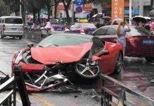 La Ferrari 458 dopo l'incidente