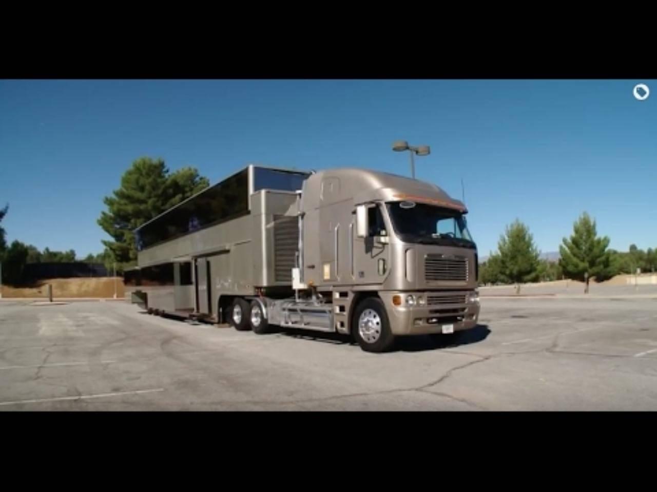 Trasformer Camper Will Smith