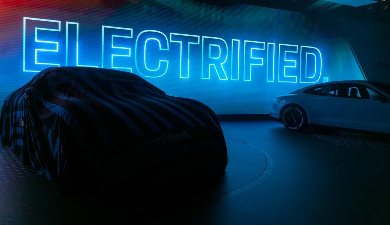 Porsche auto elettriche