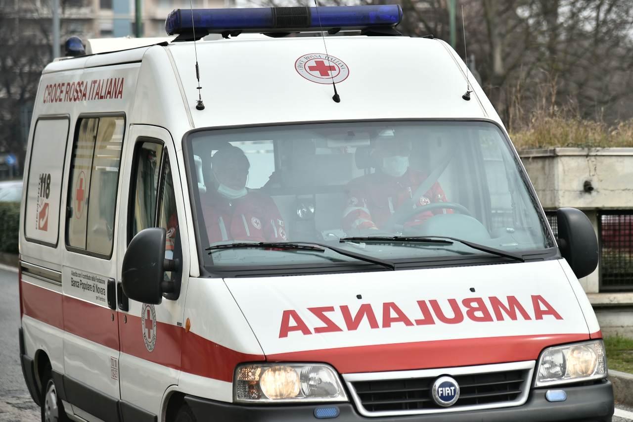 Land Rover Defender nella scarpata: cinque morti sulle Alpi cuneesi