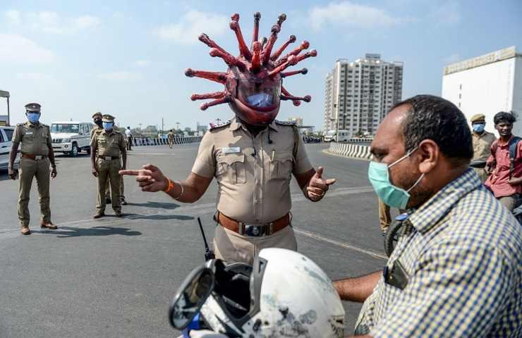 Poliziotto coronavirus