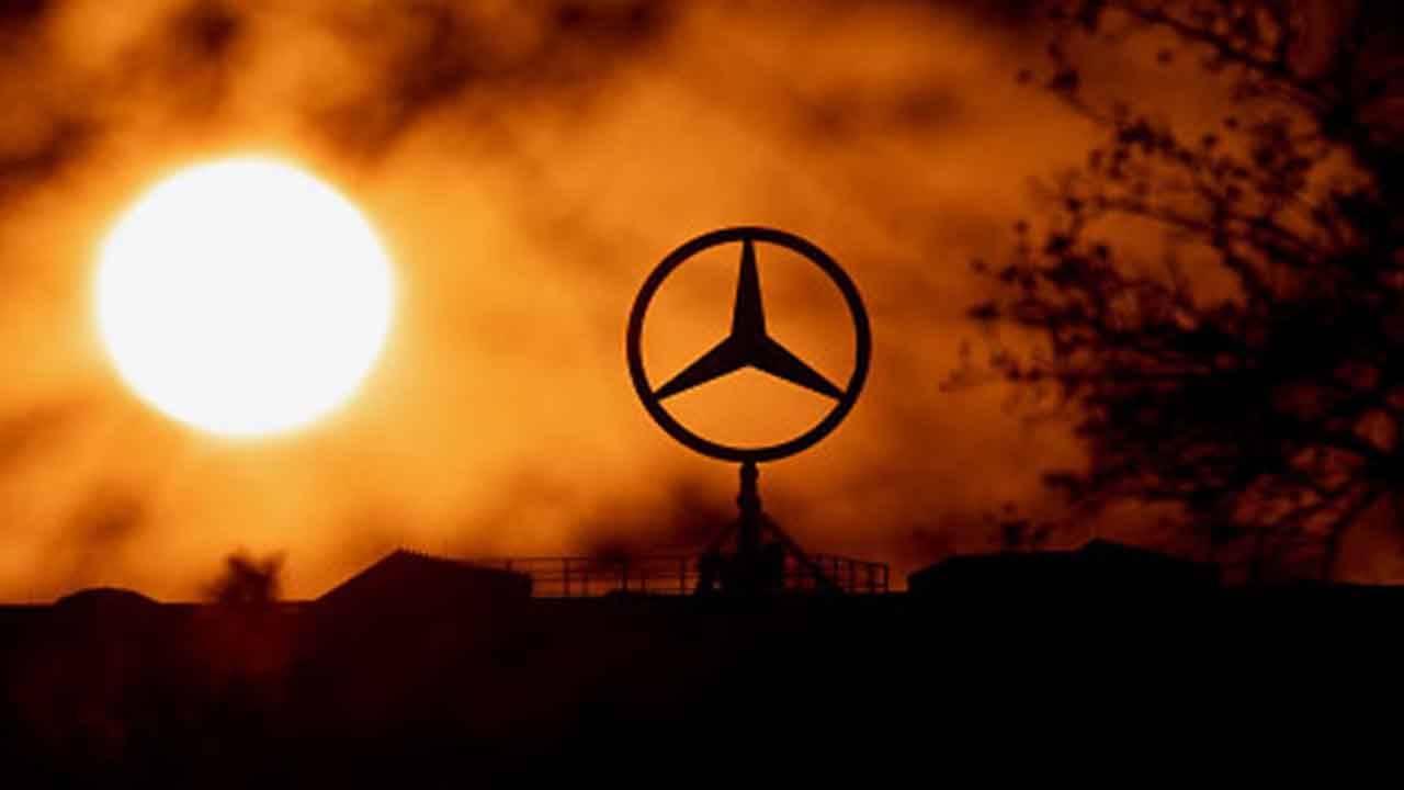 Coronavirus mercato auto Mercedes