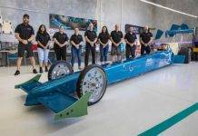 Australia, rivoluzione dei motori elettrici: arriva il dragster più potente del mondo