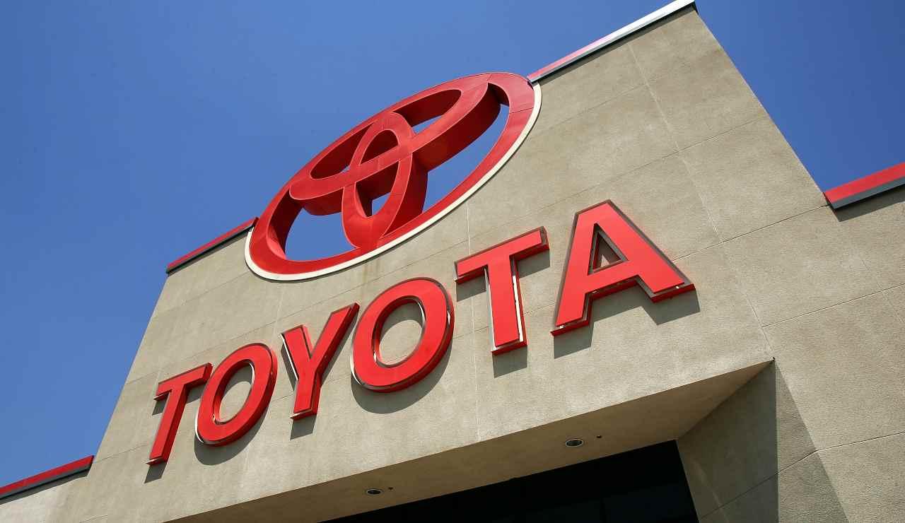 Toyota Croce Rossa