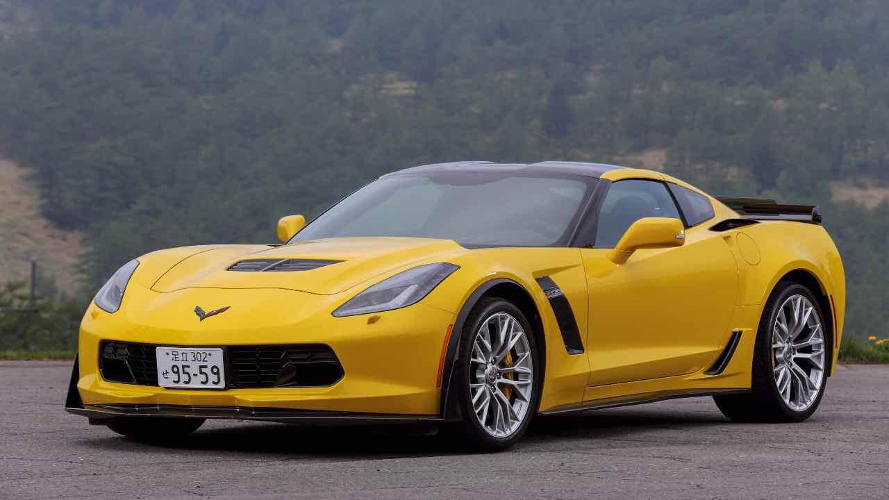 hertz auto vendita bancarotta