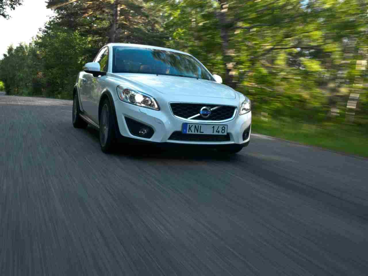 Volvo, Porsche, Maserati nel garage dello svedese