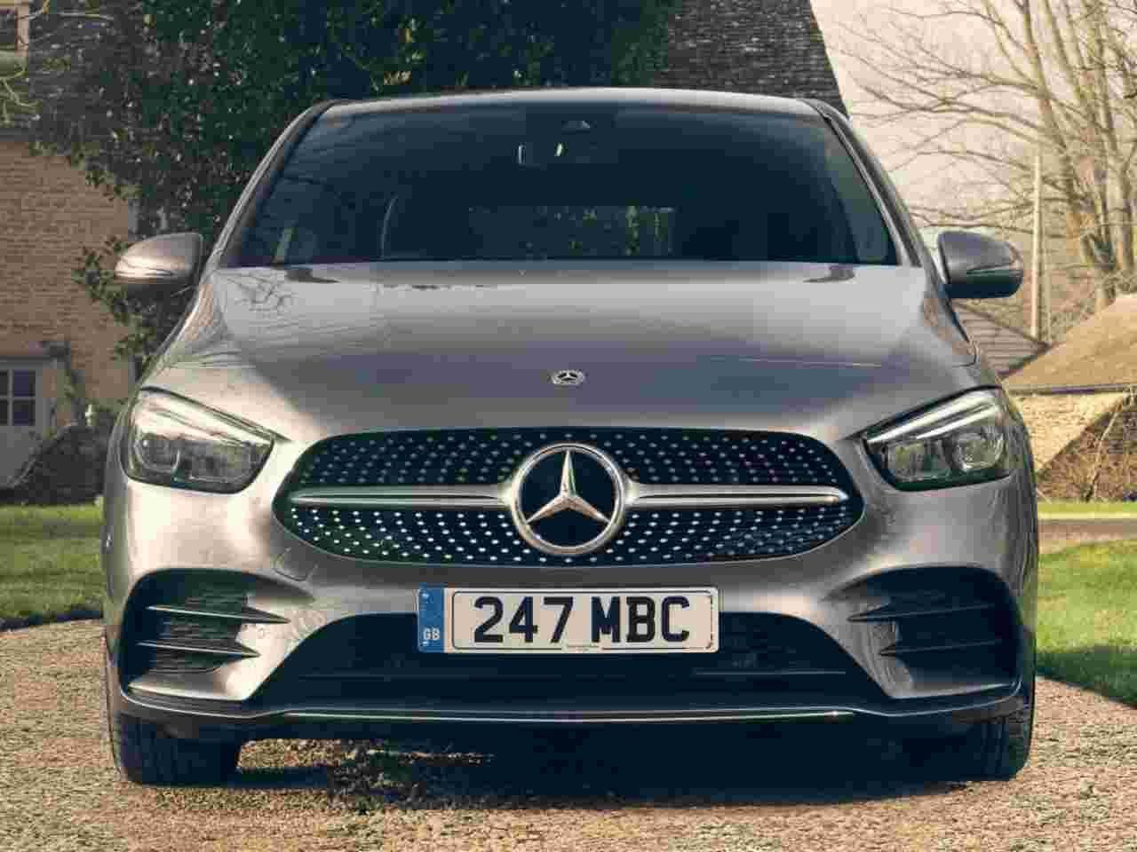 Classe B, sulla cui piattaforma sarà realizzata la Mercedes EQB