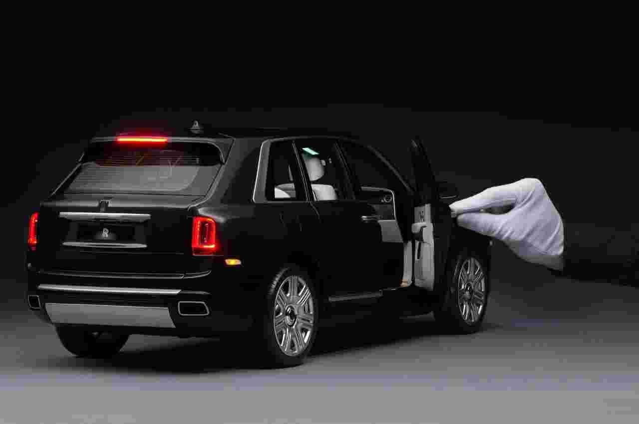 Rolls-Royce Cullinan, quanto costa il modellino