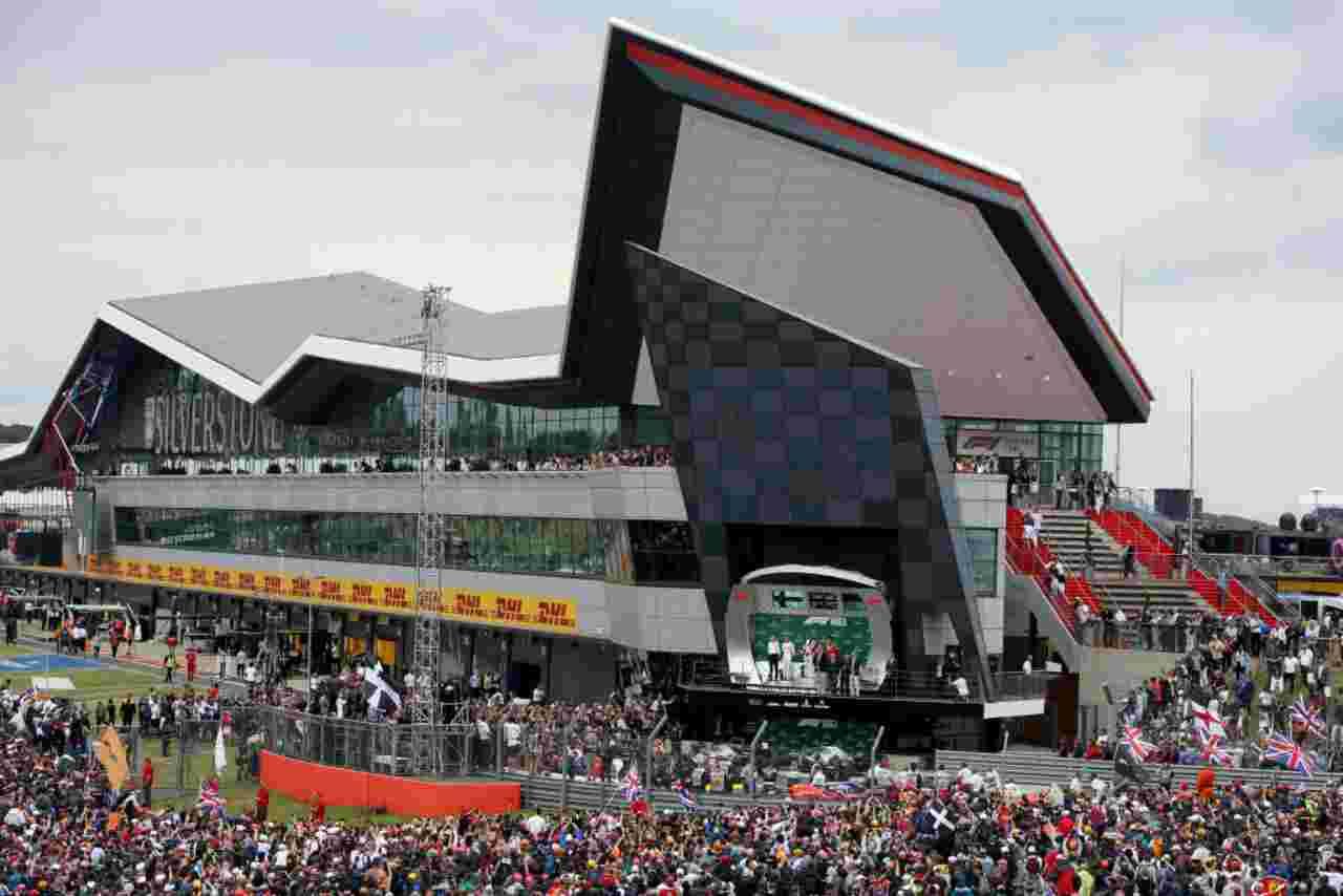 Silverstone, GP a rischio: la norma che preoccupa la Formula 1