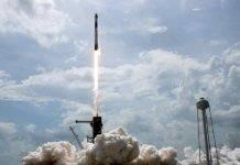 SpaceX, storico aggancio alla Stazione Spaziale Internazionale - VIDEO