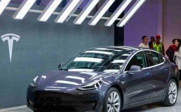 Tesla Model 3, la più venduta in California: Forbes spiega perché