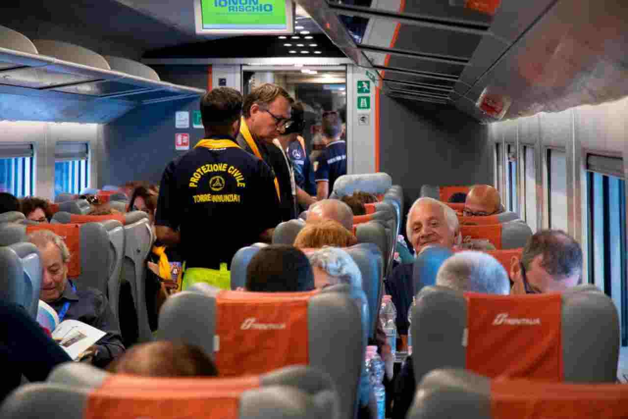 Fase 2, test su tutti i passeggeri nella stazione di Napoli