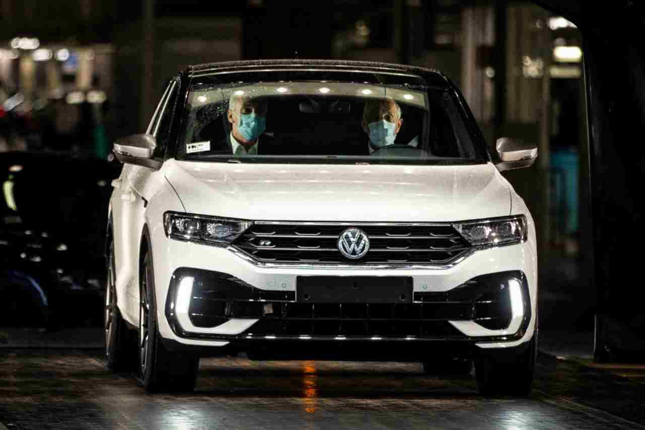 Volkswagen, accuse di discriminazione: cancellato video della nuova Golf