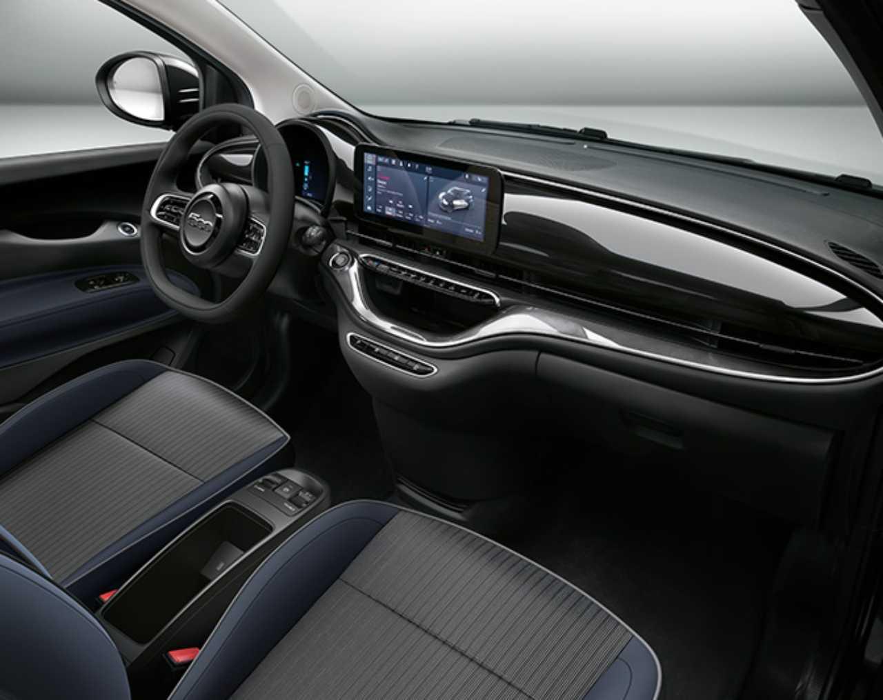 Fiat 500 elettrica interni