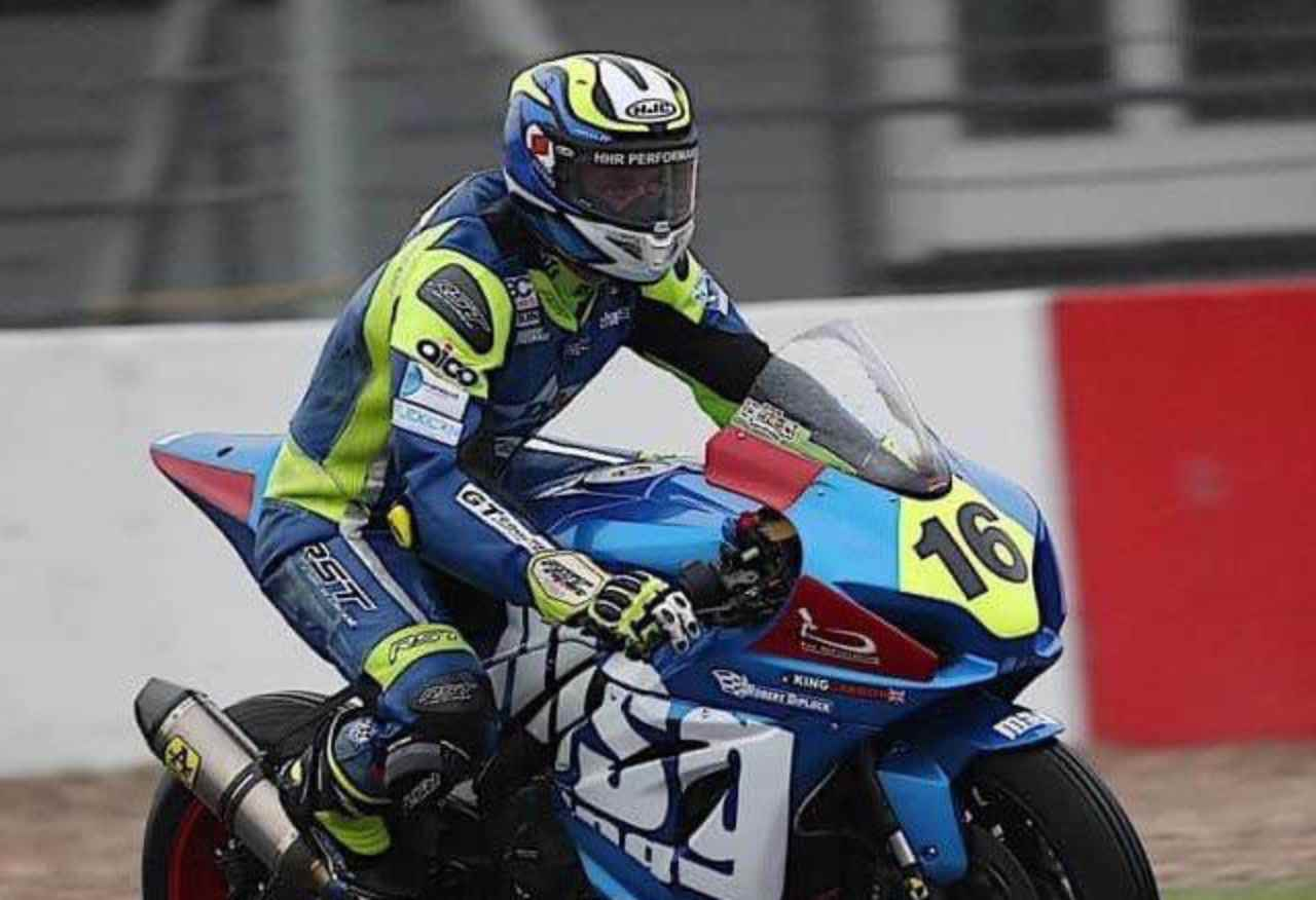 Tragedia in Superbike: il 25enne Ben Godfrey muore in un incidente