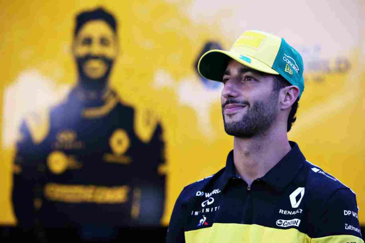 """Ferrari, l'ex pilota perplesso: """"Non capisco perché hanno scartato Ricciardo"""""""