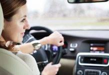 Mal di auto e chinetosi: i rimedi per chi soffre di nausea durante il viaggio