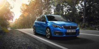 Peugeot 308, ecco la My2020: colore Blu Vertigo e novità nell'abitacolo