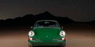Porsche 911 con motore Tesla: il bizzarro premio di un concorso USA