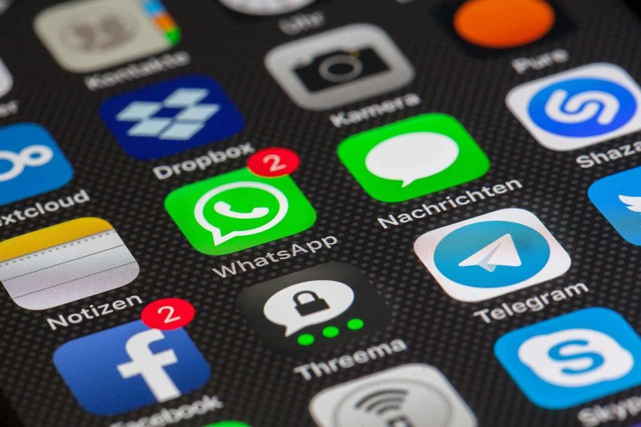 WhatsApp, le app per recuperare messaggi cancellati: come funzionano