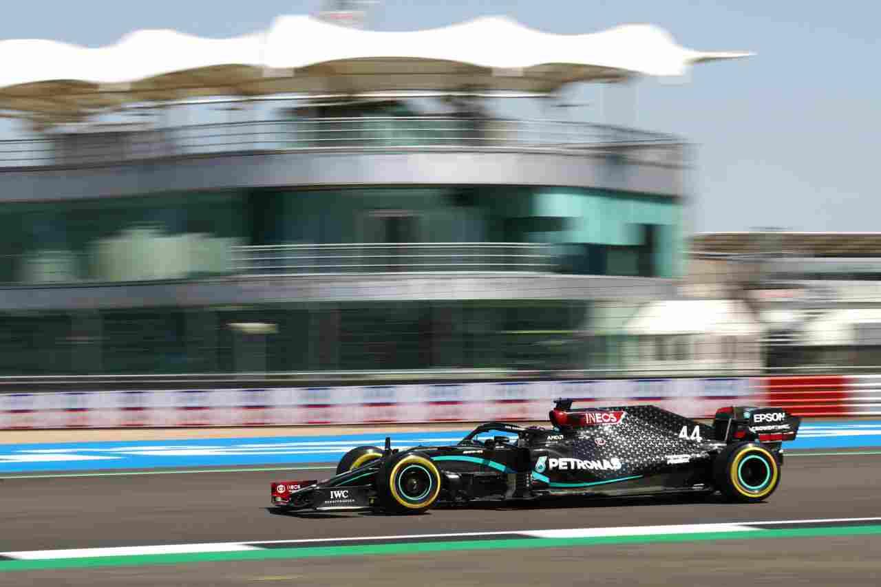 F1, GP Silverstone: il duello Mercedes e gli outsider