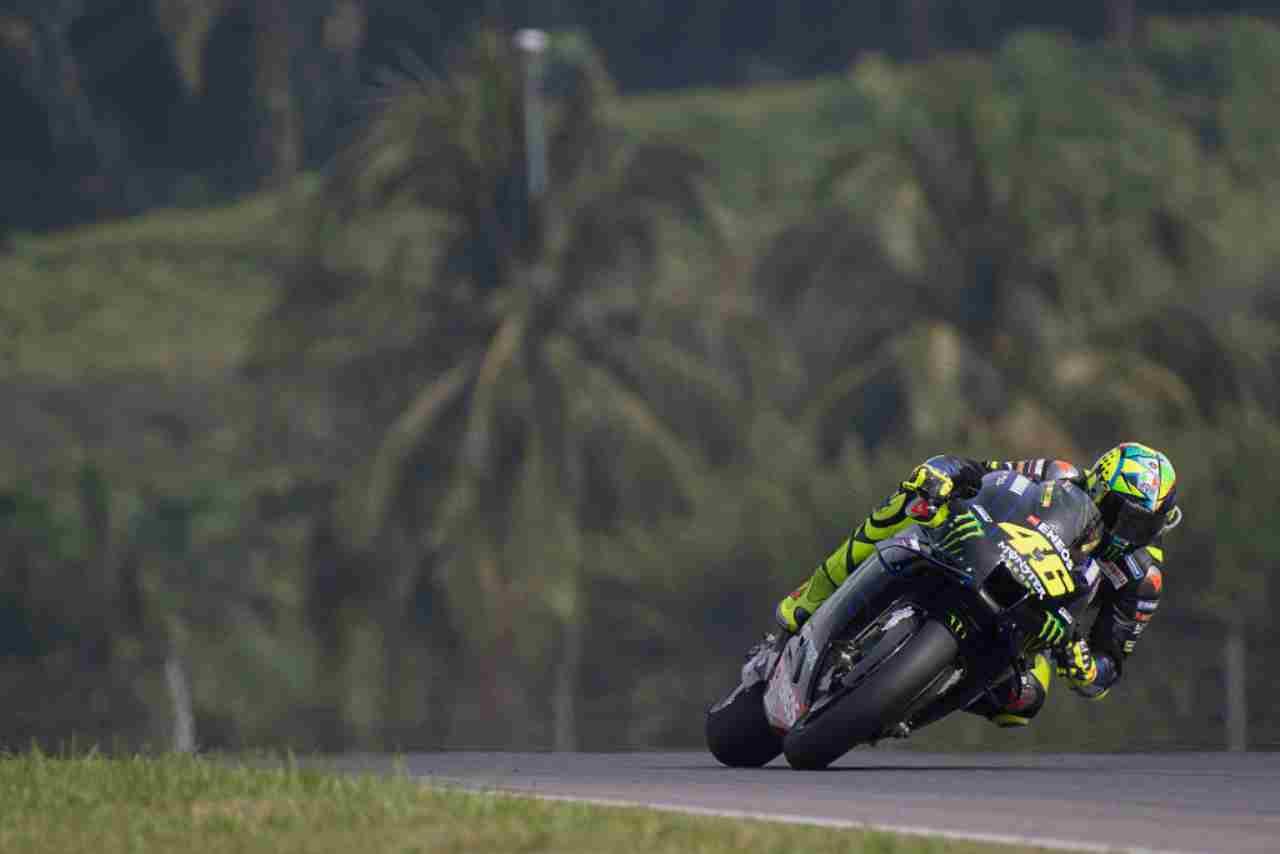 """Valentino Rossi, campione del mondo lo avverte: """"In MotoGp solo se ti diverti"""""""