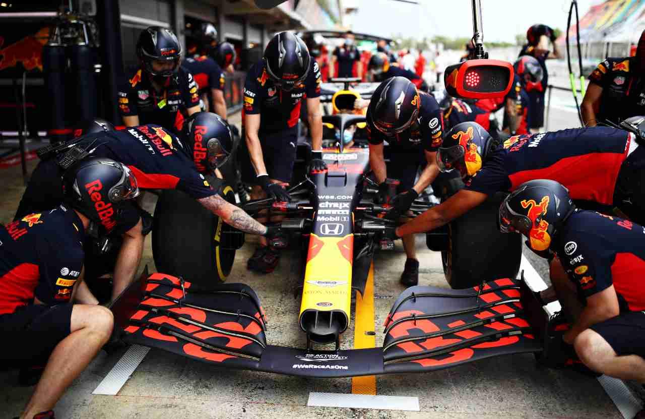 Spagna: Vettel salva la Ferrari, Leclerc ritirato