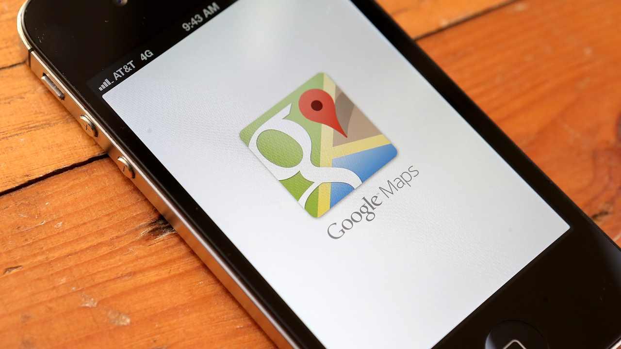 Google Maps si aggiorna per Apple CarPlay: le nuove funzioni per la navigazione