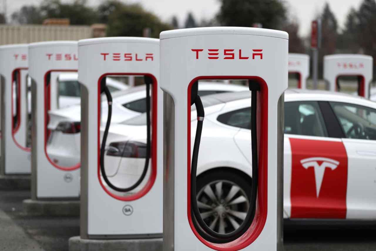 Tesla Auto Elettriche