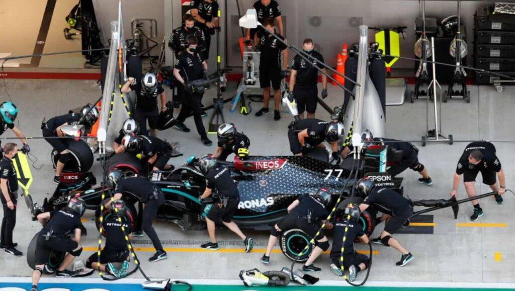 Hamilton uguaglia Schumacher: suo il Gran Premio dell'Eifel