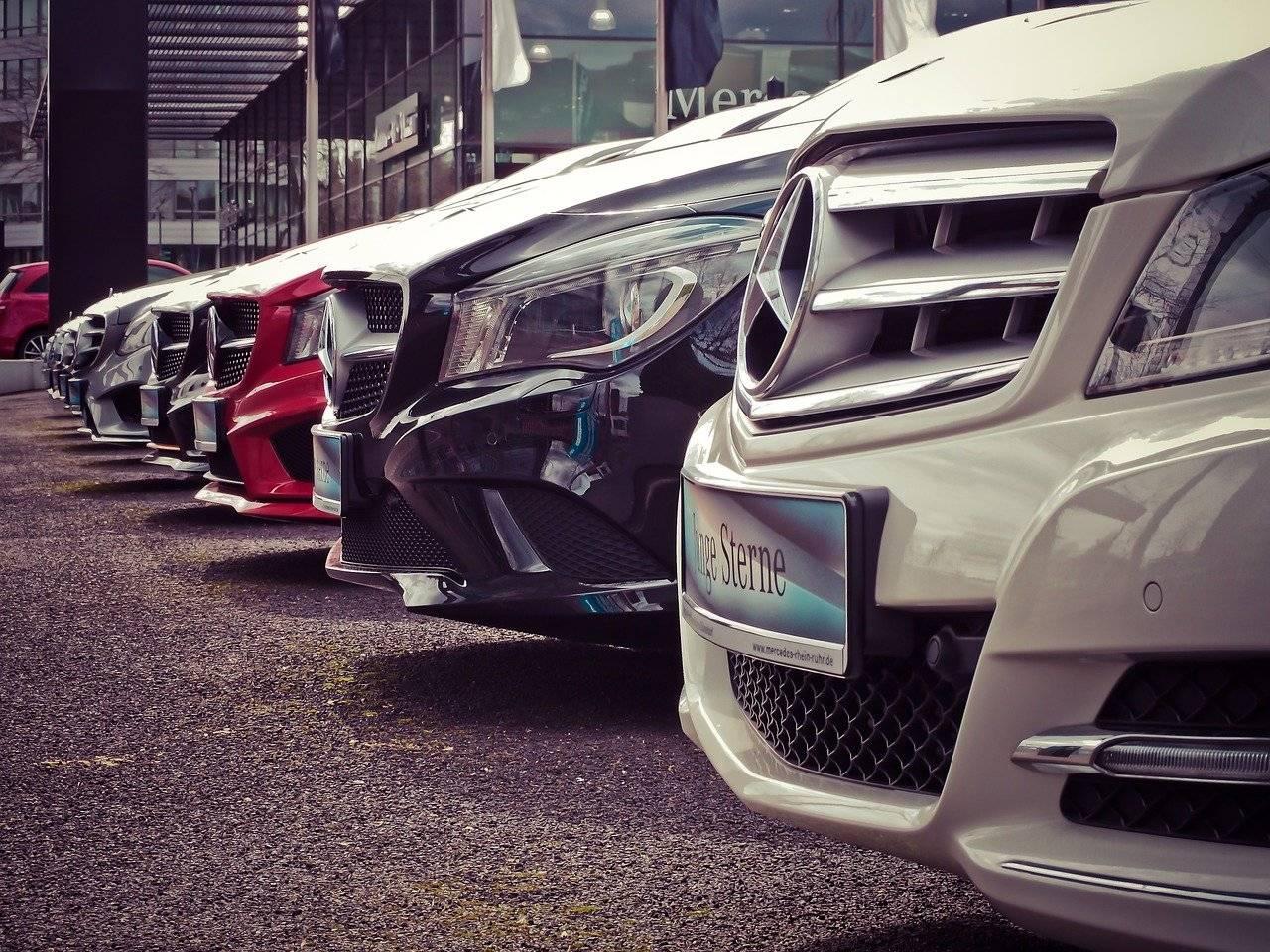 Mercato dell'auto, piccolo segno positivo in contro tendenza