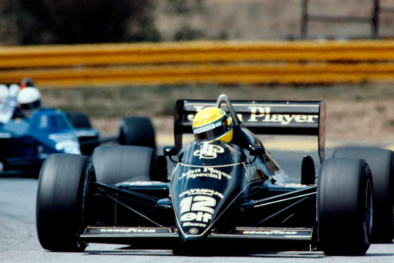 F1 GP Portogallo 1985, la prima vittoria di Ayrton Senna - Video