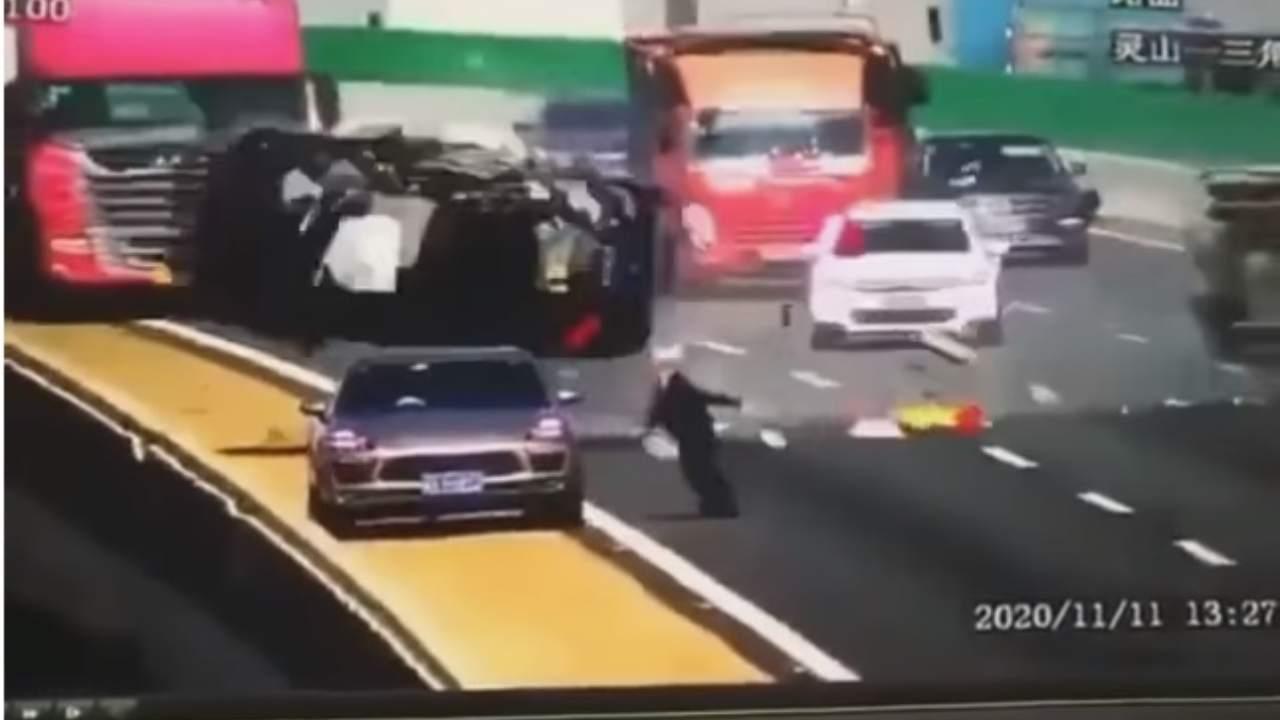 Incidente Auto Cina