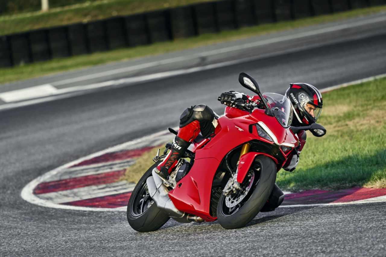 Ducati Panigale V4 e Supersport 950: tutte le novità per il 2021