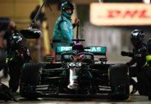 F1 GP Sakhir, Russell in lacrime per il caos al box: l'ironia dei tifosi sui social