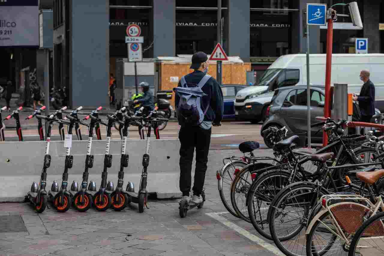 Monopattini elettrici Bici