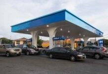 Biden, il presidente USA può alzare le tasse sulla benzina: la proposta
