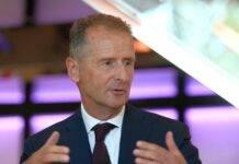 Diess, CEO Volkswagen debutta su Twitter: il primo messaggio è per Musk