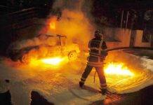 Serena Enardu, incendiata l'Auto nella notte: indagini in corso