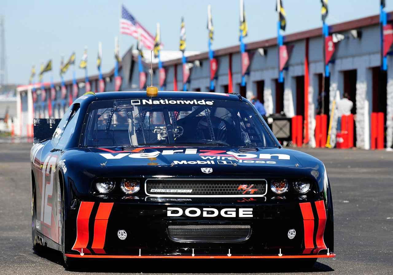 """Dodge, la """"nonna delle corse"""" stupisce tutti: ora sogna una drag race"""