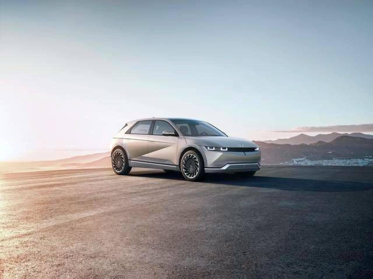 Hyundai Ioniq 5, il crossover si fa elettrico: caratteristiche, motore e prezzo