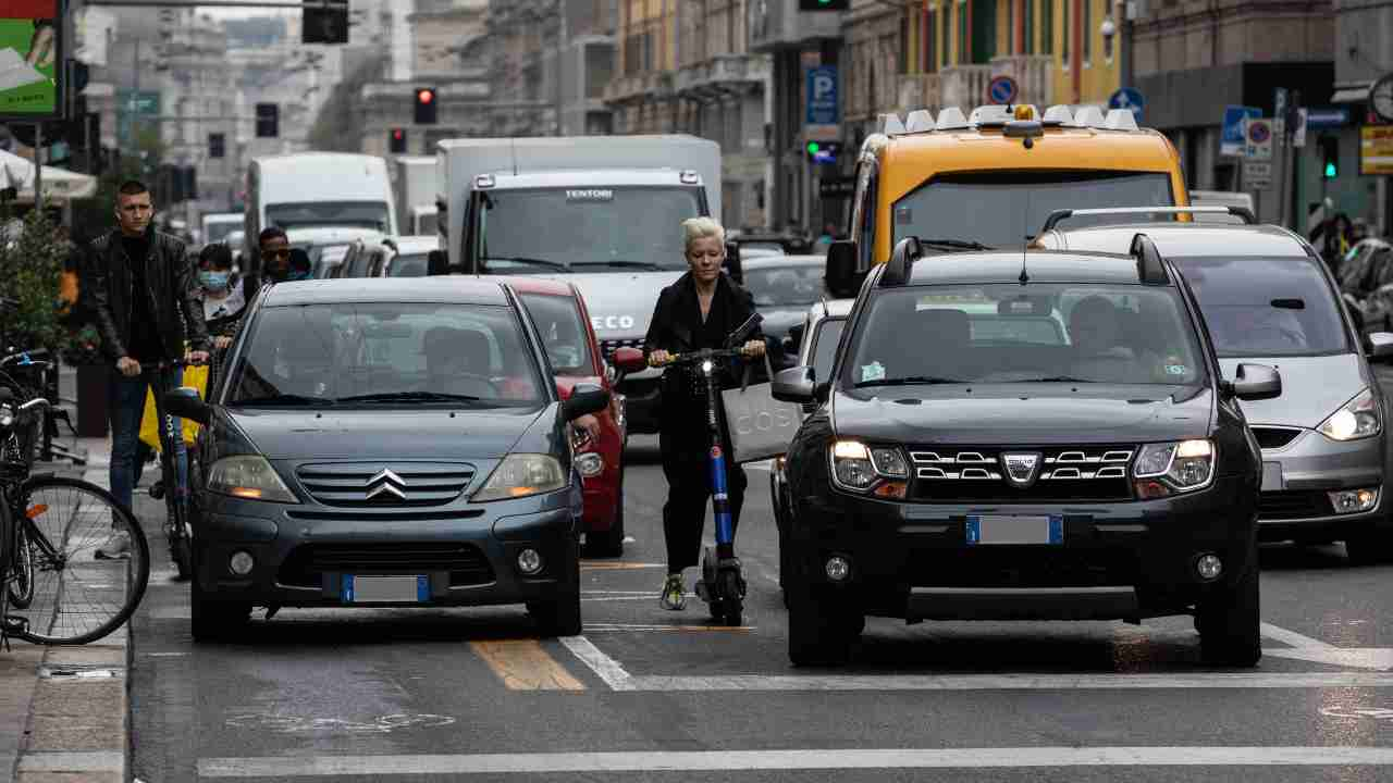 Zona bianca - traffico auto