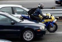 Moto nel traffico