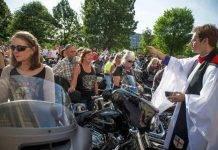 Il Covid non ferma la benedizione delle Moto a Trento: si fa su Instagram